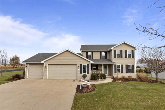 N2276 Cornhusk Drive, Greenville, WI 54942 (#50214613) :: Todd Wiese Homeselling System, Inc.