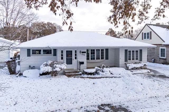 233 Matthew Street, Kimberly, WI 54136 (#50214751) :: Dallaire Realty