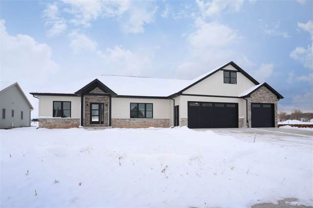 W5637 Jones Way, Appleton, WI 54915 (#50214773) :: Todd Wiese Homeselling System, Inc.