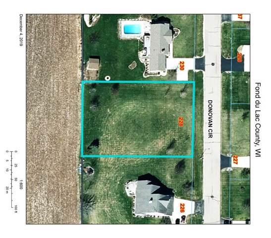 228 Donovan Circle, Rosendale, WI 54974 (#50214791) :: Symes Realty, LLC