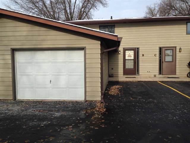 1525 Witzel Avenue B, Oshkosh, WI 54902 (#50214799) :: Symes Realty, LLC