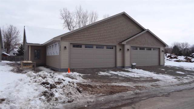 1576 Stanton Circle, Appleton, WI 54915 (#50214806) :: Todd Wiese Homeselling System, Inc.