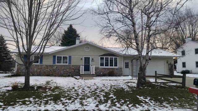861 Carole Lane, Fond Du Lac, WI 54935 (#50214815) :: Todd Wiese Homeselling System, Inc.