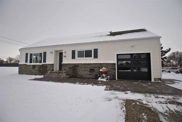 1051 Marvelle Lane, Green Bay, WI 54304 (#50214832) :: Todd Wiese Homeselling System, Inc.