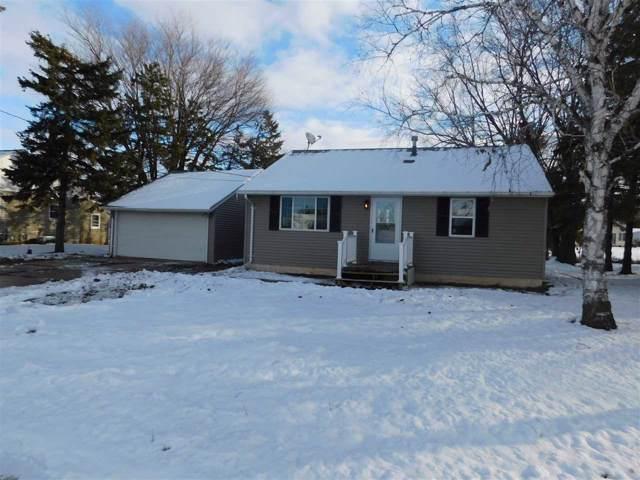 3550 N Gillett Street, Appleton, WI 54914 (#50214836) :: Todd Wiese Homeselling System, Inc.