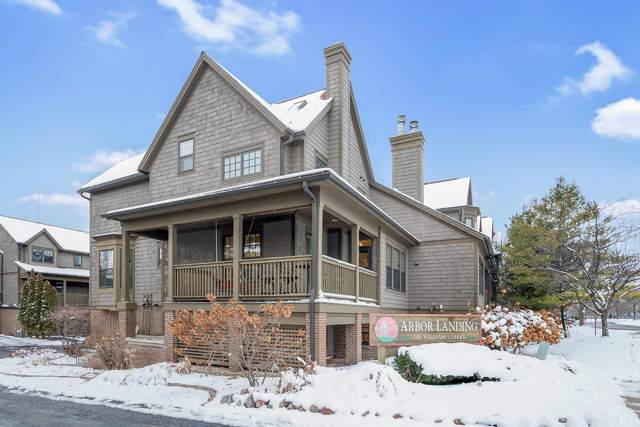 200 William Street #101, De Pere, WI 54115 (#50214837) :: Todd Wiese Homeselling System, Inc.