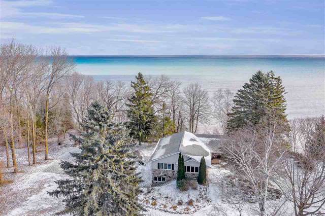 N2494 Lakeshore Drive, Kewaunee, WI 54216 (#50214901) :: Dallaire Realty