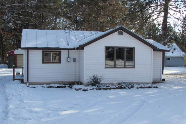 E1753 Amy Street, Waupaca, WI 54981 (#50214922) :: Dallaire Realty