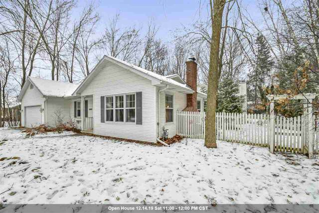 2895 Buttercup Court, Green Bay, WI 54313 (#50214926) :: Todd Wiese Homeselling System, Inc.