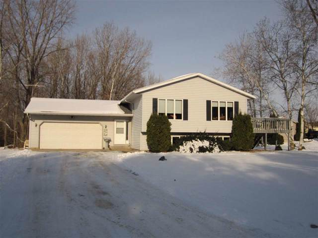 W7752 Rolling Hills Drive, Shawano, WI 54166 (#50214937) :: Dallaire Realty