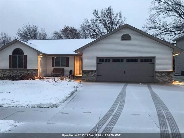 3123 Hayward Avenue, Oshkosh, WI 54904 (#50214939) :: Todd Wiese Homeselling System, Inc.