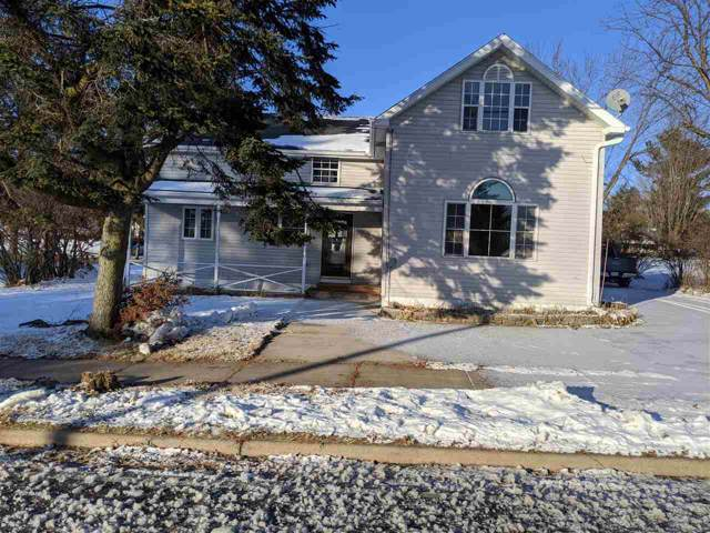 E7268 Hwy 54, New London, WI 54961 (#50215040) :: Todd Wiese Homeselling System, Inc.