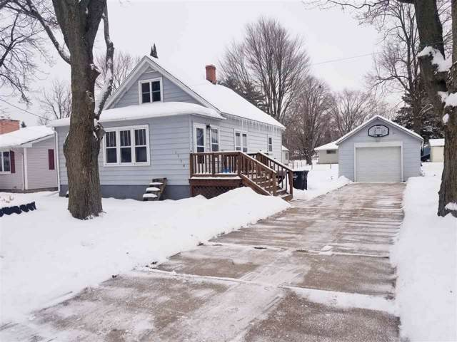 1134 S Smalley Street, Shawano, WI 54166 (#50215116) :: Dallaire Realty