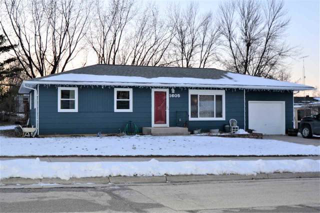 1605 Jackson Street, New Holstein, WI 53061 (#50215209) :: Todd Wiese Homeselling System, Inc.