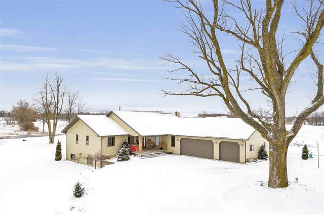 8917 Hwy J, Lena, WI 54139 (#50215400) :: Todd Wiese Homeselling System, Inc.
