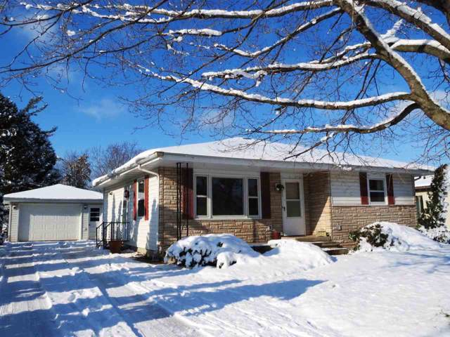 1817 Division Street, New London, WI 54961 (#50215410) :: Symes Realty, LLC