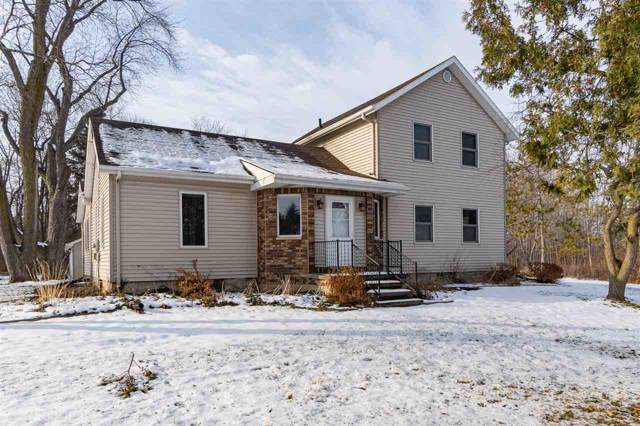 8879 Clayton Avenue, Neenah, WI 54956 (#50215514) :: Todd Wiese Homeselling System, Inc.