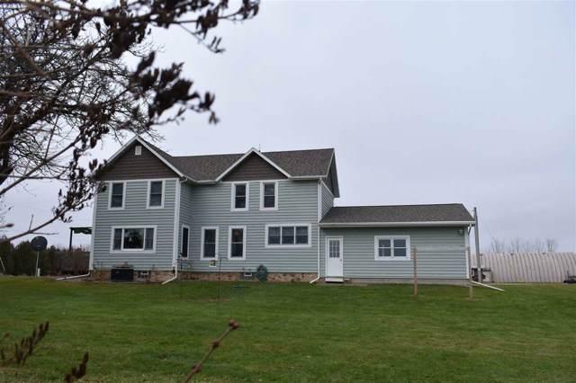 W7088 Hogsback Road, Juneau, WI 53039 (#50215558) :: Todd Wiese Homeselling System, Inc.