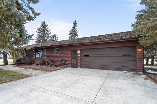3240 Breezewood Lane, Neenah, WI 54956 (#50215614) :: Todd Wiese Homeselling System, Inc.
