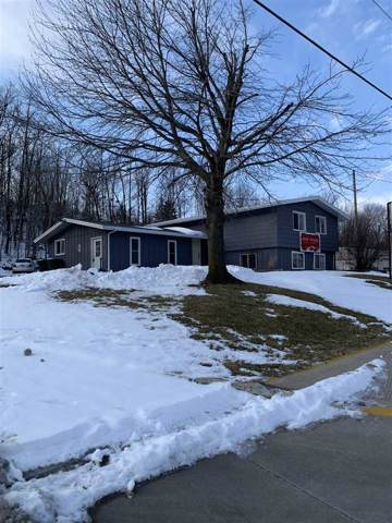 1035 W Fond Du Lac Street, Ripon, WI 54971 (#50215694) :: Todd Wiese Homeselling System, Inc.