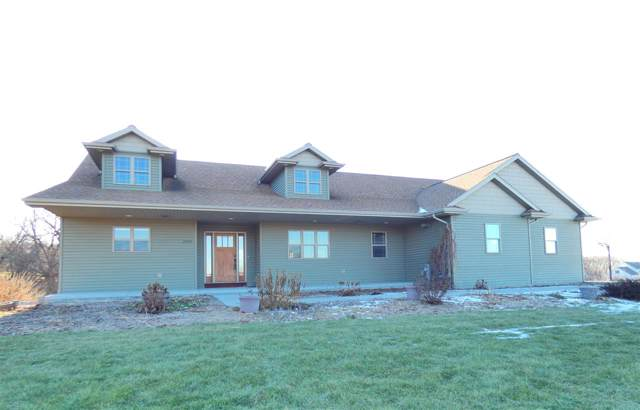 2930 Dickinson Road, De Pere, WI 54115 (#50215816) :: Todd Wiese Homeselling System, Inc.