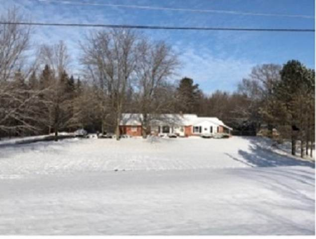 1604 Adam Drive, De Pere, WI 54115 (#50215850) :: Todd Wiese Homeselling System, Inc.