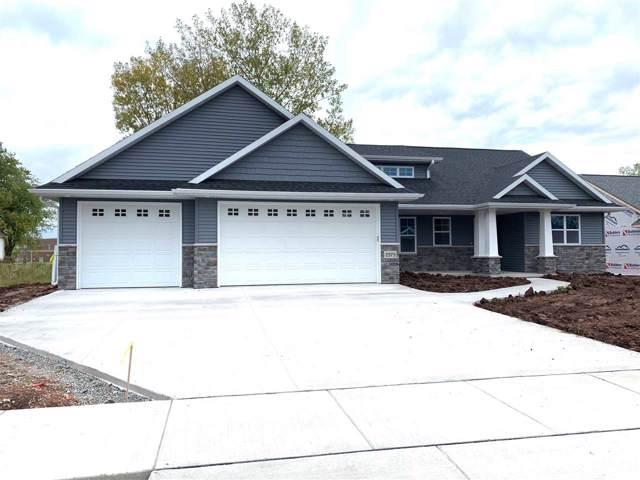 2618 W Fallen Oak Drive, Appleton, WI 54913 (#50215949) :: Todd Wiese Homeselling System, Inc.