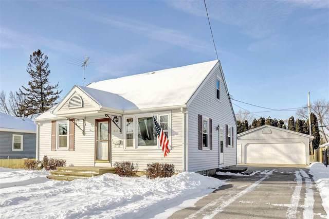 947 Higgins Avenue, Neenah, WI 54956 (#50216300) :: Todd Wiese Homeselling System, Inc.