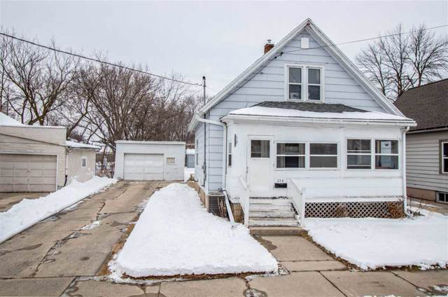 214 S Irwin Avenue, Green Bay, WI 54301 (#50216369) :: Symes Realty, LLC