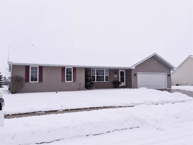 2365 Talladega Speedway, De Pere, WI 54115 (#50216390) :: Todd Wiese Homeselling System, Inc.