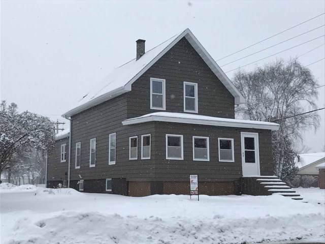 615 Superior Avenue, Oconto, WI 54153 (#50216407) :: Todd Wiese Homeselling System, Inc.