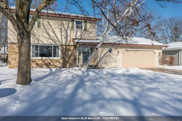 700 Ravenswood Court, Neenah, WI 54956 (#50216416) :: Todd Wiese Homeselling System, Inc.