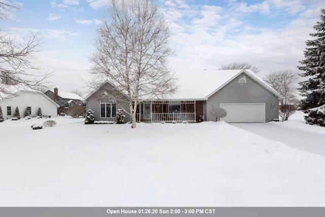 2146 W Prairie Creek Drive, Neenah, WI 54956 (#50216425) :: Todd Wiese Homeselling System, Inc.