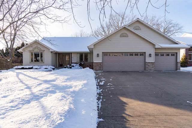 1809 Hickory Lane, Oshkosh, WI 54901 (#50216426) :: Todd Wiese Homeselling System, Inc.