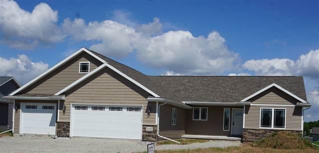 1195 Lori Drive, Neenah, WI 54956 (#50216428) :: Todd Wiese Homeselling System, Inc.