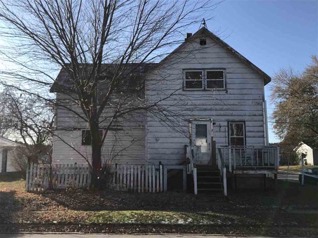 302 2ND Street, Oconto, WI 54153 (#50216468) :: Symes Realty, LLC