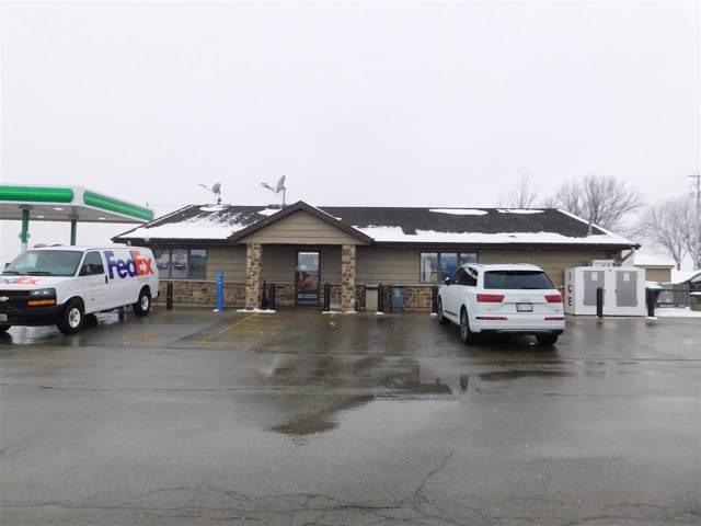 3011 Lawe Street, Kaukauna, WI 54130 (#50216482) :: Todd Wiese Homeselling System, Inc.