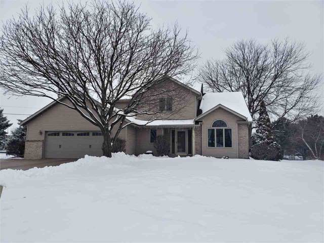 1993 Fox Burrow Court, Neenah, WI 54956 (#50216483) :: Dallaire Realty