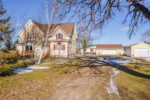 W9505 Hwy T, Rosendale, WI 54974 (#50216633) :: Todd Wiese Homeselling System, Inc.
