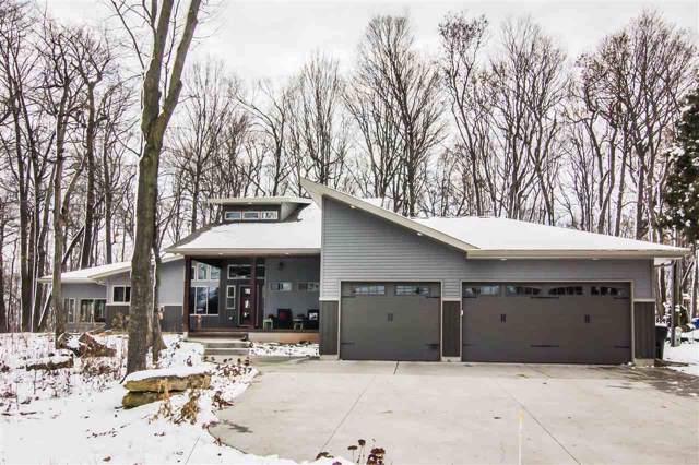 2831 Winnegamie Drive, Appleton, WI 54914 (#50216728) :: Todd Wiese Homeselling System, Inc.