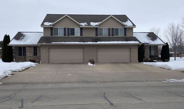 221 East River Drive, De Pere, WI 54115 (#50216754) :: Todd Wiese Homeselling System, Inc.