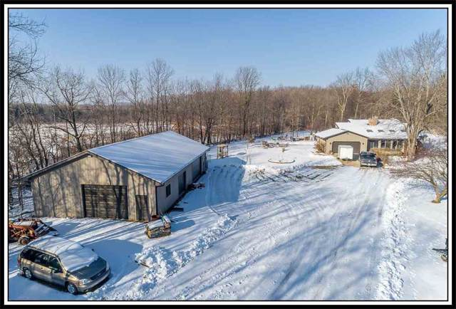 W 7236 Wege Road, Hortonville, WI 54944 (#50216829) :: Todd Wiese Homeselling System, Inc.