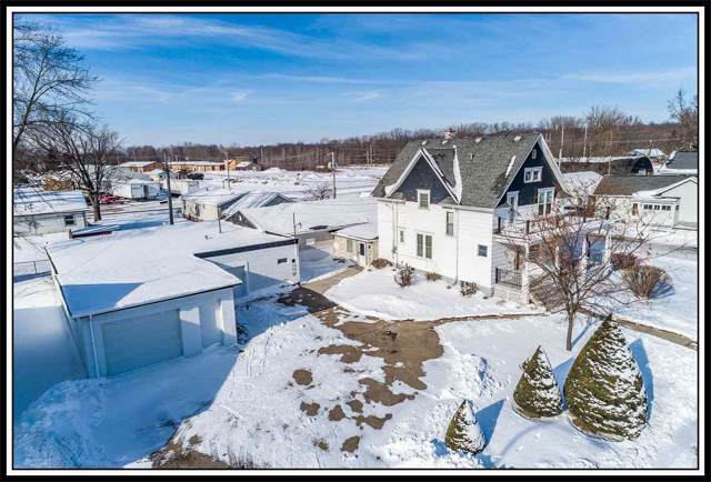 421 N Shawano Street, New London, WI 54961 (#50216853) :: Todd Wiese Homeselling System, Inc.