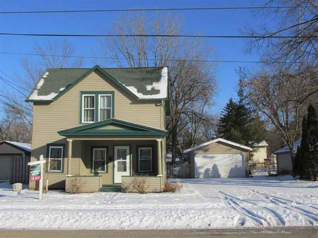 320 Madison Avenue, Omro, WI 54963 (#50216906) :: Symes Realty, LLC