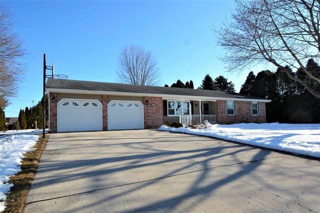 1009 Frost Road, Howards Grove, WI 53083 (#50216934) :: Todd Wiese Homeselling System, Inc.