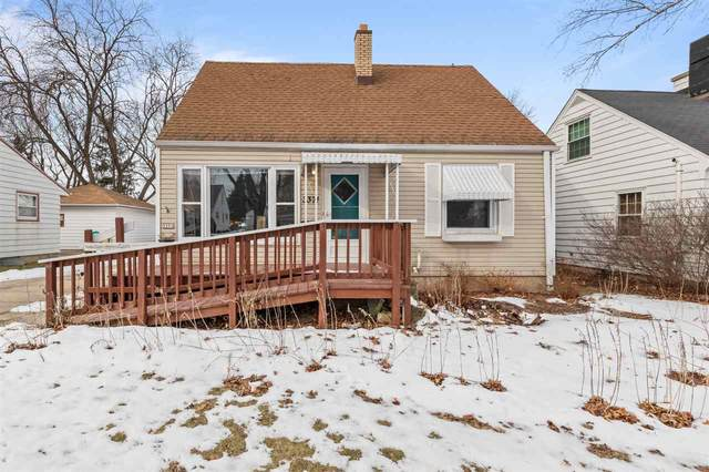 3371 N 94TH Street, Milwaukee, WI 53222 (#50216996) :: Todd Wiese Homeselling System, Inc.
