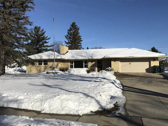 1242 Mckinley Street, West Bend, WI 53090 (#50217048) :: Todd Wiese Homeselling System, Inc.