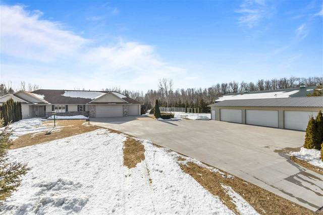 W7813 Spring Road, Greenville, WI 54942 (#50217082) :: Todd Wiese Homeselling System, Inc.