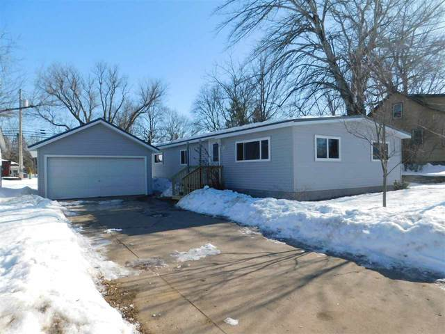 1120 S Franklin Street, Shawano, WI 54166 (#50217123) :: Dallaire Realty