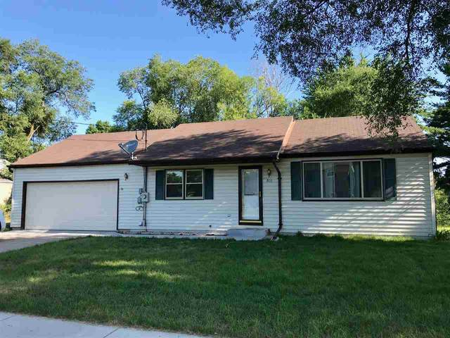 420 W Division Street, Wautoma, WI 54982 (#50217167) :: Todd Wiese Homeselling System, Inc.